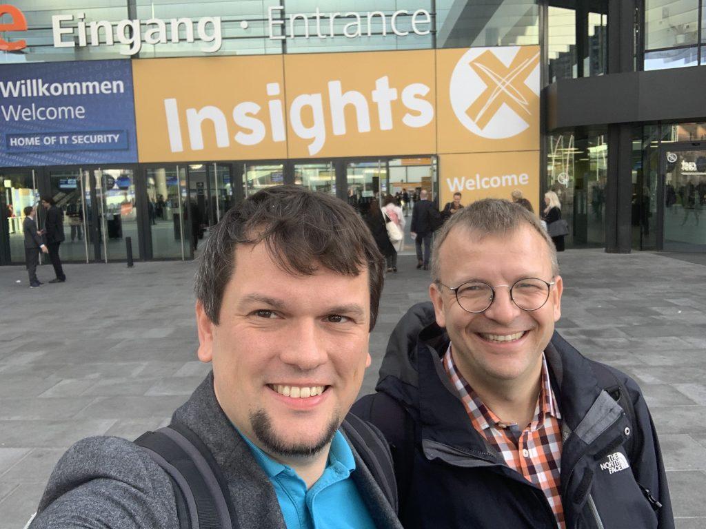 Eingangs-Selfie mit Daniel Orth und Friedbert Baer